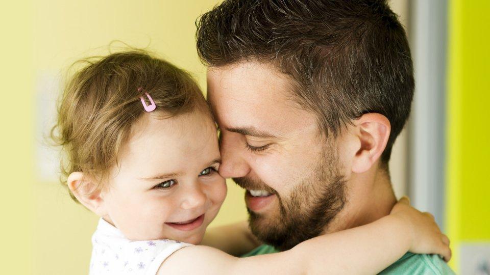 Les papas aussi peuvent profiter des bienfaits de l'acide folique selon des recherches récentes
